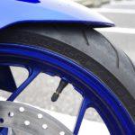 バイクのタイヤはチューブレスタイヤのほうが(多くの人にとって)良い!