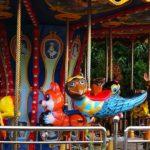 メリーゴーランドがキモすぎるレトロ遊園地「モスクワ勝利公園」