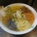 「一寸法師」(麺の色が変だけど)安くてボリューム満点のラーメン屋!