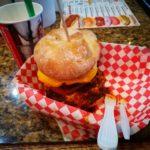 """【デブ無料】""""世界で最も体に悪いハンバーガー屋""""砂糖&脂がヤバすぎる"""