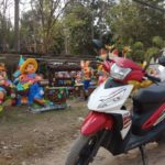 ラオスの首都ヴィエンチャンでレアいレンタルバイクに乗る